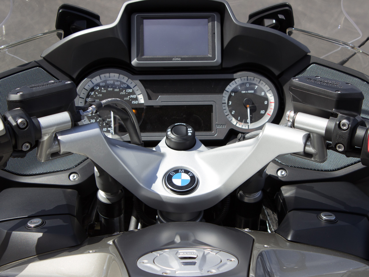helibars handlebar risers for bmw r1200rt lc moto luxe. Black Bedroom Furniture Sets. Home Design Ideas